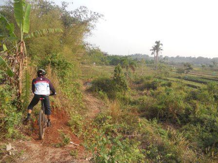 12 Trek Sepeda Terbaik di Jakarta, Bogor, Depok, Tangerang, Bekasi
